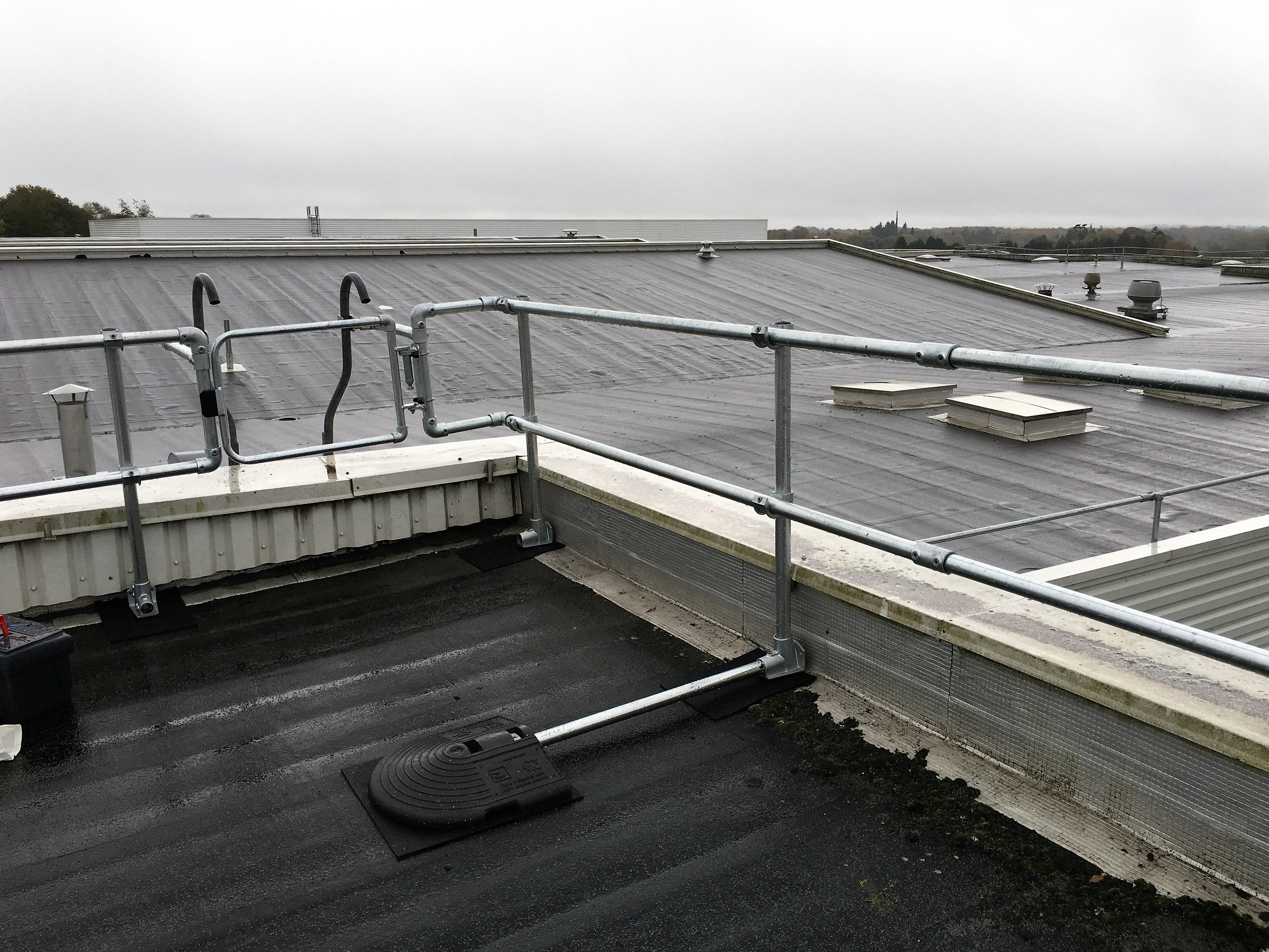Réglementation et sécurité en toiture